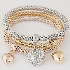 Dames Bedelarmbanden Liefde Luxe Sieraden Europees Kostuum juwelen Eenvoudige Stijl Modieus Meerlaags Strass Gesimuleerde diamant Legering