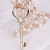 pequeña corona de perlas de diamantes clave collar de amor de las mujeres