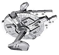 Недорогие -Millennium Falcon 3D пазлы Металлические пазлы Наборы для моделирования Космический корабль 3D Металл война Подарок