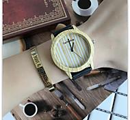 Men Bamboo Wood Watches Men and Women Quartz Clock Fashion Casual Leather Strap Wrist Watch Male Relogio