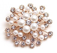 cheap -Women's Brooches Synthetic Diamond Imitation Pearl Classic Fashion Imitation Pearl Alloy Flower Gold Jewelry For Daily Date
