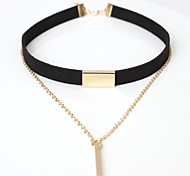 Недорогие -Жен. Кожа Ожерелья-бархатки  -  Простой Elegant В форме линии Коричневый Черный Ожерелье Назначение На выход