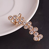 Earring Clip Earrings Jewelry Women Wedding / Party / Daily / Casual / Sports Alloy / Rhinestone Gold / Silver