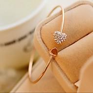 Недорогие $0.99 Модное ювелирное украшение-Жен. Браслет цельное кольцо Браслет разомкнутое кольцо - Стразы Сердце Простой стиль, Мода, Симпатичные Стиль Браслеты Назначение Свадьба Для вечеринок Подарок