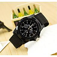 ieftine Bijuterii&Ceasuri-Bărbați Quartz Ceas de Mână / Ceas Militar  Ceas Casual Material Bandă Charm Negru / Albastru / Verde