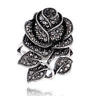 Жен. Массивные кольца Кольцо Цветочный дизайн Цветы Лепестки Цветочный принт Мода Винтаж По заказу покупателя Euramerican Стразы В форме