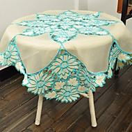 Neliö Embroidered Table Cloths , Polyester materiaaliTaulukko Dceoration Häät Illallinen sisustus Favor Sisustus Hotel ruokapöytä Häät