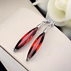 preiswerte Ohrringe-Damen Kristall Tropfen-Ohrringe - Krystall, Edelstahl Purpur / Rot / Transparent Für Hochzeit / Party / Alltag