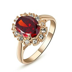 preiswerte Ringe-Damen Synthetischer Smaragd Statement-Ring - Krystall, vergoldet, Diamantimitate Klassisch 6 / 7 / 8 / 9 Rot / Grün / Blau Für Hochzeit Party Alltag / Kubikzirkonia / Zirkon