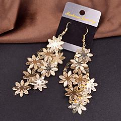 preiswerte Ohrringe-Damen Tropfen-Ohrringe - Blume Personalisiert, Europäisch, Erklärung Silber / Golden Für Hochzeit / Party / Besondere Anlässe
