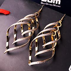 Damskie Kolczyki wiszące Wyrazista biżuteria Europejski Osobiste biżuteria kostiumowa Stop Biżuteria Biżuteria Na Ślub Impreza Specjalne