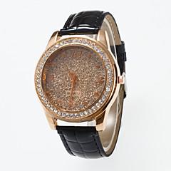 preiswerte Damenuhren-Damen Armbanduhr Simulierter Diamant Uhr Pavé-Uhr Quartz Schwarz / Rot / Braun Imitation Diamant / Analog damas Freizeit Modisch - Kaffee Rose Rot
