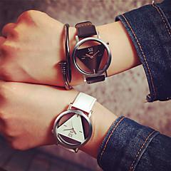 preiswerte Tolle Angebote auf Uhren-Damen Totenkopfuhr PU Band Schwarz / Weiß