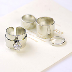 preiswerte Ringe-Damen Midiring - Zirkon, Kubikzirkonia, Diamantimitate Personalisiert, Luxus, Modisch Eine Größe Silber / Golden Für Party / Alltag / Normal / Strass