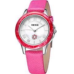 preiswerte Damenuhren-KEZZI Damen Armbanduhr Quartz Schlussverkauf Cool / Leder Band Analog Freizeit Modisch Schwarz / Weiß / Rosa - Purpur Rose Rosa