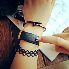 preiswerte Herrenuhren-Damen Sportuhr / Armbanduhr / Digitaluhr LED / Cool / Mehrfarbig Caucho Band Retro / Freizeit / Modisch Schwarz / Blau / Gelb