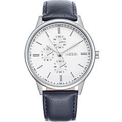 preiswerte Armbanduhren für Paare-Paar Armbanduhr Schlussverkauf / Cool / / Leder Band Freizeit / Modisch Schwarz / Weiß / Braun / Ein Jahr / SSUO 377