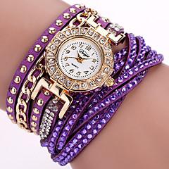 preiswerte Damenuhren-Damen Quartz Armbanduhr Armband-Uhr Mehrfarbig Punk PU Band Charme Blume Glanz Retro Süßigkeit Freizeit Böhmische Modisch Cool Armreif
