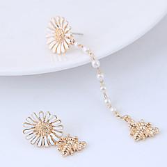 preiswerte Ohrringe-Damen Nicht übereinstimmend Ohrstecker - Blume Europäisch Weiß / Grau Für Alltag