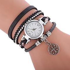 preiswerte Damenuhren-Damen Modeuhr Quartz Armbanduhren für den Alltag PU Band Analog Böhmische Modisch Schwarz / Weiß / Blau - Grün Blau Rosa
