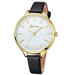 preiswerte Damenuhren-Geneva Damen Armbanduhr Chinesisch Neues Design / Armbanduhren für den Alltag / Cool Leder Band Freizeit / Modisch Schwarz / Weiß / Braun / Ein Jahr