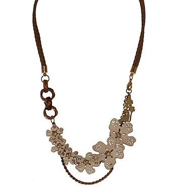 Hollow Leather Flowers And Decorative Metal Chain Necklace (Leather Cord)
