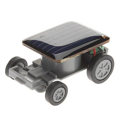 A világ legkisebb napelemes autója
