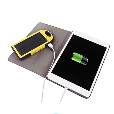5000mah wasserdichtes Sportsolarenergienbank verdoppeln usb mit miicro Anschluss für iphone6 / 5 Samsung und andere mobile Geräte