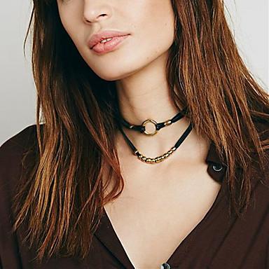 Női Circle Shape Divat minimalista stílusú Duplarétegű Rövid nyakláncok Bolyhos pamutszövet Ötvözet Rövid nyakláncok , Esküvő Parti Napi
