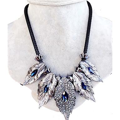 Kadın Uçlu Kolyeler Yaka Yapay Elmas Leaf Shape Değerli Taş Eşsiz Tasarım Moda Mücevher Uyumluluk Düğün Parti Günlük