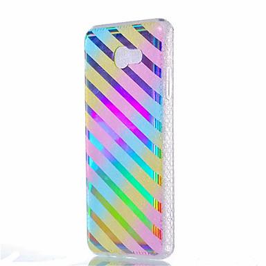 غطاء من أجل Samsung Galaxy J7 (2016) J5 (2016) ضد الصدمات تصفيح شبه شفّاف نموذج غطاء خلفي خطوط / أمواج ناعم TPU إلى J7 (2016) J5 (2016)