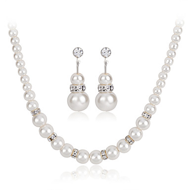 Damen Schmuckset Halskette Modisch Euramerican Perle Strass Aleación Runde Form Geometrische Form 1 Halskette 1 Paar Ohrringe Für