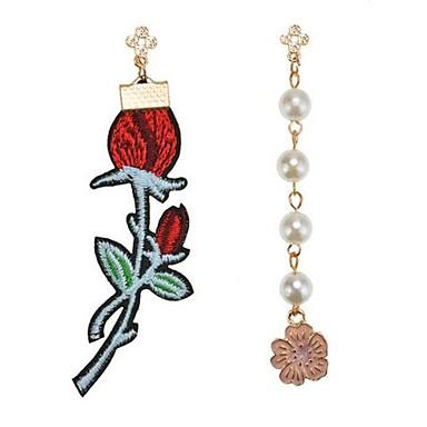 Pentru femei Cercei Stud Nepotrivirea La modă Personalizat Aliaj Flower Shape Rose Bijuterii Pentru Plajă Concediu Ieșire