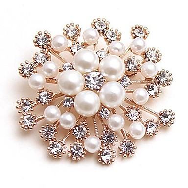 Women's Synthetic Diamond Brooches - Imitation Pearl Flower Ladies, Classic, Fashion Brooch Jewelry Gold For Wedding / Daily / Masquerade / Engagement Party / Prom / Date