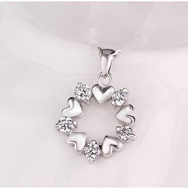billige Mode Halskæde-Dame Vedhæng Klassisk Hjerte Krans Damer Stilfuld Klassisk Simuleret diamant Broche Smykker Sølv Til Daglig