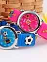 Children\'s Cartoon 3D Pattenr Silicone Band Quartz Wristwatch (Assorted Colors)
