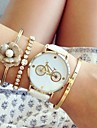 Women\'s Bracelet Watch Chronograph PU Band Fashion Black / White / Pink