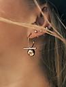 Femme Boucles d\'oreille goujon Mode euroamericains bijoux de fantaisie Alliage Forme Geometrique Balle Bijoux Pour Quotidien